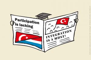 Turkse hoogopgeleide leest krant over 'particitpatie schiet tekort' en 'integreren moet!'